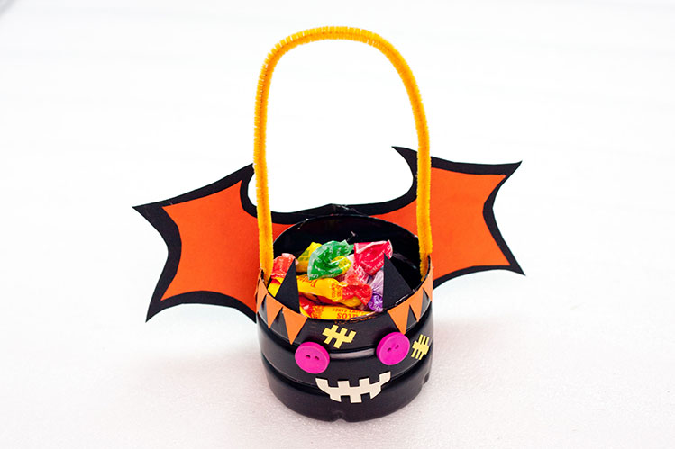 DIY Halloween Trick Or Treat Candy Basket Tutorial