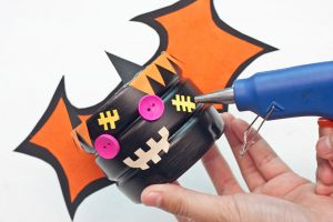 Cute DIY Mini Halloween Candy Basket For Trick Or Treating Tutorial